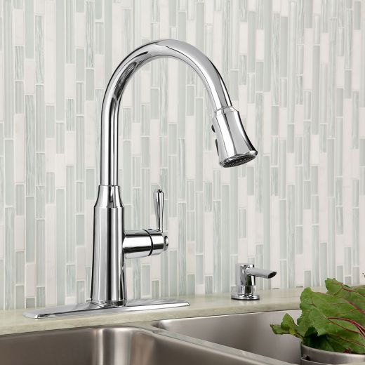 Soltura 1-Handle Pull-Down High Arc Kitchen Faucet