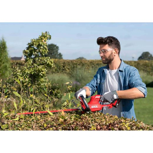 "SKIL Pwr Core 20  22"" Hedge Trimmer"