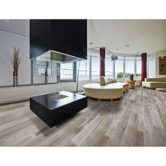 Random Width Powdered Walnut Engineered Hardwood (41.34sf)