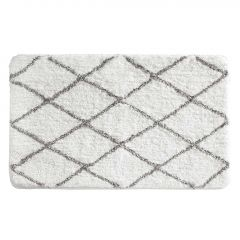 "34"" x 21"" White And Gray Diamond Sherpa Bathroom Accent Rug"