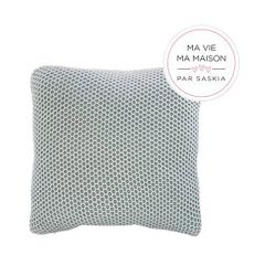 """Green and White 18"""" x 18"""" Weaved Knit Cushion"""