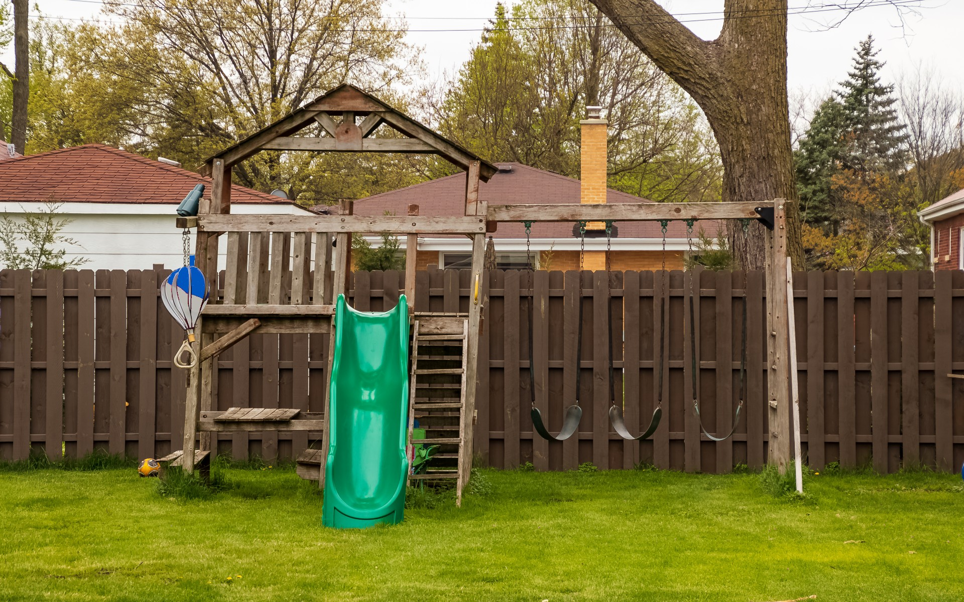 fence and playset