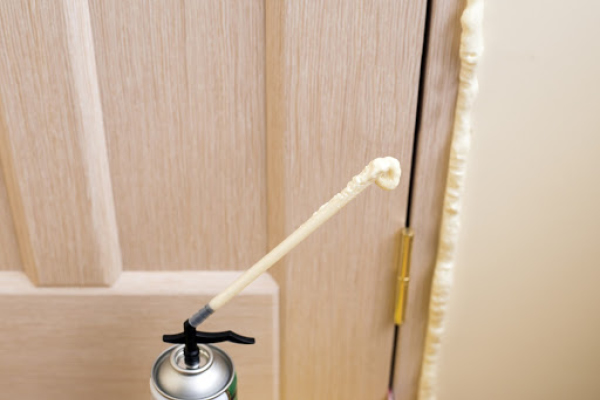 Fill any gaps quickly with easy to use spray foam