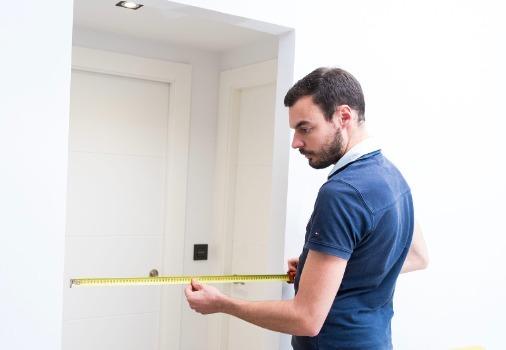 measuring door space