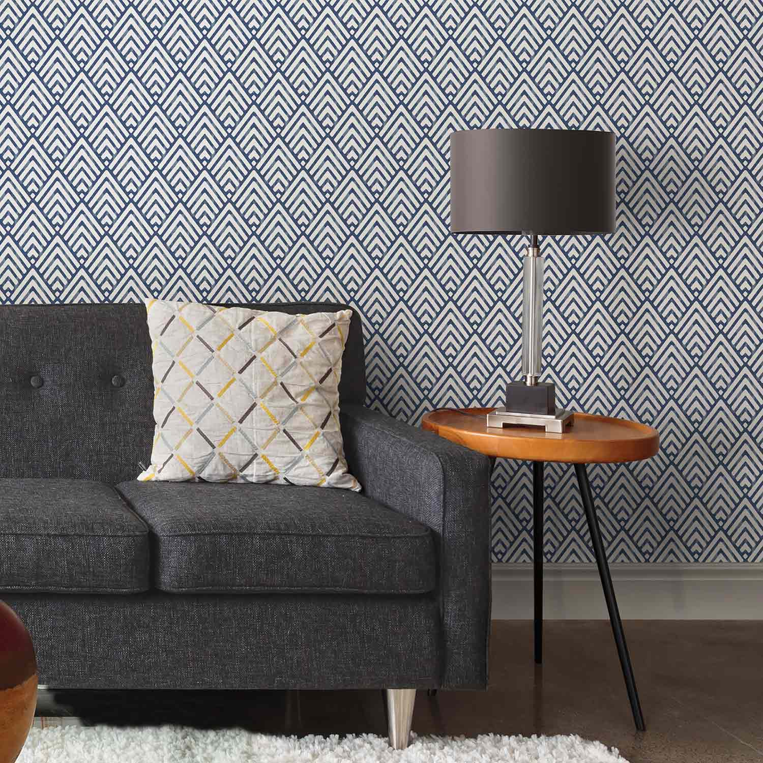 arrowhead nuwallpaper with grey couch