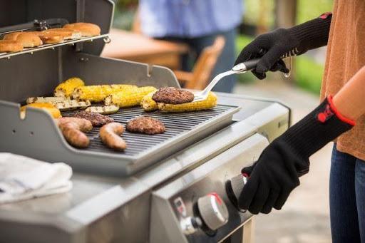 bbq grilling hamburgers corn